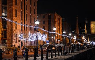 Walk to the Albert Dock from Liverpool Lime Street in just 20 minutes.